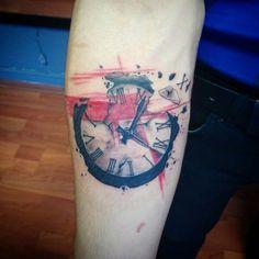Clock and trash polka #tattoo #antalyadahavaguzel #tattoobyhasan #antalya #niceday #clock #trashpolka #clocktrashpolka #redclolour