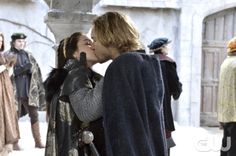 """Reign -- """"Long Live the King"""" -- Image Number: RE121a_0282.jpg -- Pictured (L-R): Adelaide Kane as Mary, Queen of Scots and Toby Regbo as Prince Francis -- Photo: Ben Mark Holzberg/The CW -- © 2014 The CW Network, LLC. All rights reserved."""