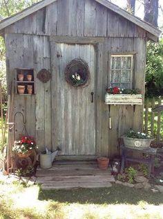 Sweet Garden Shed-Flea Market Gardening - My Cottage Garden Cottage Garden Sheds, Garden Tool Shed, Diy Garden, Garden Junk, Cottage Gardens, Backyard Sheds, Outdoor Sheds, Garden Buildings, Garden Structures