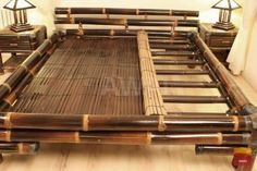 Wyjątkowe łóżko z ciemnego bambusa