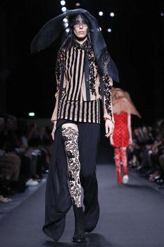 Ann Demeulemeester Ready To Wear Spring Summer 2014 Paris Live Fashion, Fashion Show, Spring Summer, Summer 2014, Ann Demeulemeester, Summer Collection, Runway Fashion, Ready To Wear, Fashion Photography