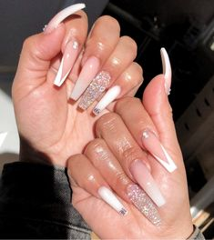 Cute Acrylic Nails 451556300141510116 - Source by leslxy_ Bling Acrylic Nails, Aycrlic Nails, Best Acrylic Nails, Summer Acrylic Nails Designs, Jewel Nails, Colored Acrylic Nails, Claw Nails, Pastel Nails, Nail Swag