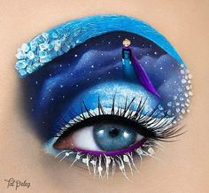 Artist Continues to Masterfully Transform Her Eyelids Into Works of Art