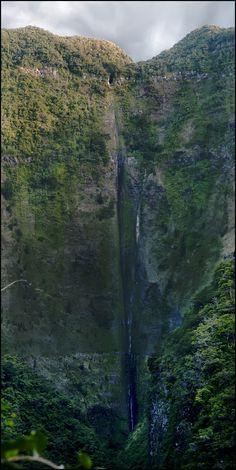 Chaudron waterfall - Reunion Island (by Francis Sital Dahone)