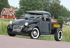 || Customs & Classics, 2cv specialist || Black Pick Up