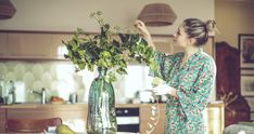 Feng shui pioneer Jane Alexander has the simple tips and tweaks that will help you find refuge and comfort at home Feng Shui, Dresser La Table, Pink Cotton Candy, Home Scents, Lifestyle Trends, Post Pregnancy, House Smells, Big Little, Spring Garden