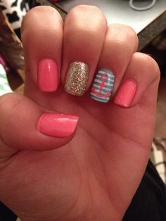 Love my nautical nails for spring break! ⚓️⚓️