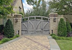 English Tudor Estate & Garden - traditional - landscape - dallas - by Harold Leidner Landscape Architects