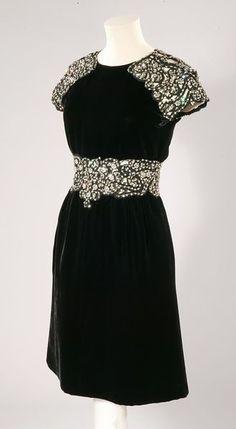 Evening Dress Valentino, 1969 The Victoria & Albert Museum