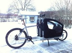Bullit cargo bike fitted for school run #bikingwithkids