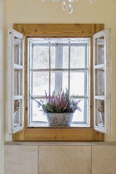 Urlaub im Bauernhaus in der Steiermark // Holidays in the cottage in Styria Private Sauna, Windows, Mirror, Furniture, Home Decor, Wood Burner, Modern Farmhouse, Cottage House, Vacations