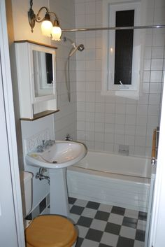 Before After Bland Bathroom Gets Some Modern Style