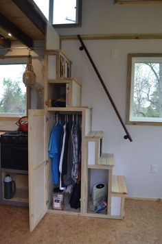Tiny House Listings: Tiny Houses For Sale and Rent With 240 sq. feet of living space, this original Odyssey tiny house was built to provide everything you need and nothing you don't. Interior Stairs, House Design, Tiny House Loft, Loft Stairs, House Interior, Home, Stairs Design, Small Room Design, Shed Interior