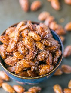 These spicy, roasted almonds with honey and raw sugar are addictive. This recipe is the best we've tried and we think you'll agree. Easy and not too sticky. Honey Roasted Almonds, Candied Almonds, Roasted Nuts, Raw Almonds, How To Roast Almonds, Pecans, Nut Recipes, Honey Recipes, Appetizers