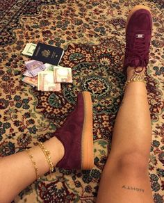 http://lustt-and-luxury.com