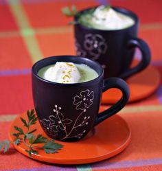 Cappuccino de petits pois, chantilly au curry, la recette d'Ôdélices : retrouvez les ingrédients, la préparation, des recettes similaires et des photos qui donnent envie !