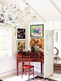 Inside a Famed Costume Designer's Charming Canyon Home | MyDomaine