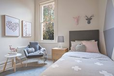 Teen Girl Bedrooms decorating tips and tricks Interesting pointer to design a fantastically cool modern teen girl bedrooms headboards . The truly creative tips generated on this fun moment 20190430 , Trick Idea reference 3992194580 Teen Girl Bedrooms, Teen Bedroom, Bedroom Decor, Luxury Bedroom Furniture, Ideas Hogar, Bed Design, Girl Room, Interior Design Living Room, Room Inspiration