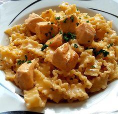 Lachs-Sahnesoße zu Nudeln, ein tolles Rezept aus der Kategorie Kochen. Bewertungen: 841. Durchschnitt: Ø 4,5.