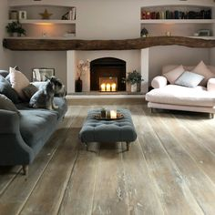 32 Popular Simply Farmhouse Living Room Decorating Ideas is part of Farm house living room - Cottage Living Rooms, Living Room Interior, Home Living Room, Living Room Designs, Living Area, Log Burner Living Room, Cottage Lounge, Cozy Room, Fireplace Design