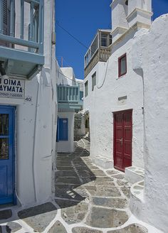 Mykonos....I need to live here!
