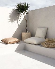 Still in the summer mode. let's go outside, love this corner, beautiful design. Living Pool, Home Living, Outdoor Living, Living Spaces, Outdoor Decor, Home Interior, Interior And Exterior, Casa Petra, Open Plan