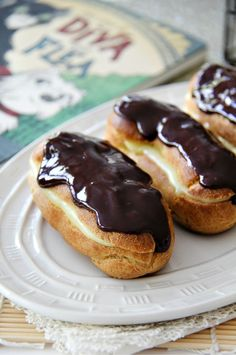 A french-inspired recipe for homemade eclairs inspired by the new Mo Willems and Tony DiTerlizzi Disney book The Story of Diva and Flea. #DivaandFlea #ad