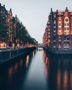 New Travel Europe Cities Beautiful Ideas Oh The Places You'll Go, Places To Travel, Places To Visit, Europe Destinations, Paraiso Natural, Voyage Europe, Destination Voyage, New Travel, Travel Europe