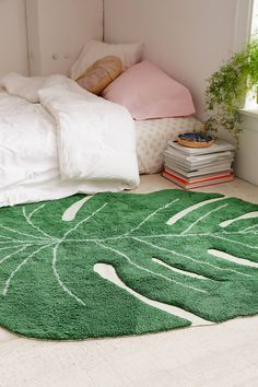 Slide View: 1: Lorena Canals Monstera Leaf Rug