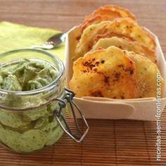 Chips de parmesão - http://www.receitas-sem-fronteiras.com/receita-67809-chips-de-parmesao.htm