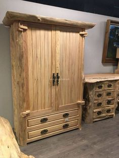 Very Beautiful Wooden Pallet Safe Almari Projects