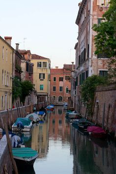the best places to eat and sleep in Venice #travel #Venice