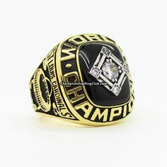1967 St. Louis Cardinals World Series Championship Ring. Best gift from www.championshipringclub.com for St. Louis Cardinals  fans. Custom your  personalized championship ring now.