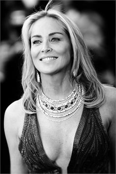 Sharon Stone seduce Cannes#4