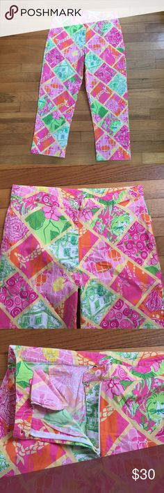 Lilly Pulitzer Pants Pants are in excellent condition! Cute quilted pattern. Perfect for Spring and Summer! Any questions please ask! Lilly Pulitzer Pants