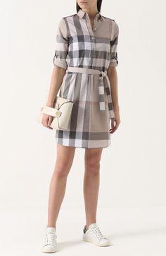 Платье-рубашка в клетку с поясом и погонами