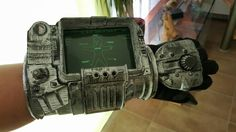 Pipboy3000 3D Druck, geschliffen, geschraubt, geklebt, lackiert,