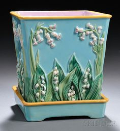 George Jones Majolica Jardiniere and Stand, England, 19th century