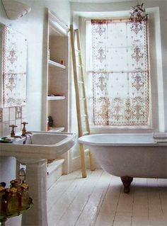 nice bathroom and window treatments...