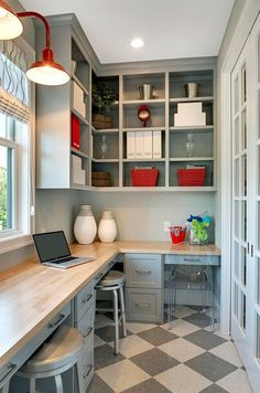 Home office room layouts craft room layout best office layouts ideas on craft room design within . home office room layouts office furniture layout ideas Casa Magnolia, Kitchen Pantry Design, Kitchen Corner, Kitchen Grey, Corner Pantry, Kitchen Craft, Kitchen Small, Kitchen Floor, Kitchen Office Nook