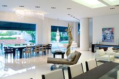 Moura Starr's modern furniture showroom #modern #furniture