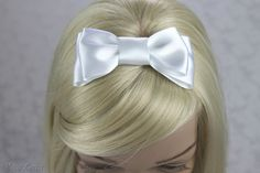 White Hair Bow, White Satin Bow Hair Clip, White Wedding Accessories, First Holy Communion Hairbow by BouquetByRosaLoren on Etsy