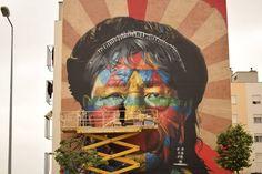 Três roteiros para ver arte urbana em Lisboa | Via Casa Vogue.br | 27/08/2017  Um crescente movimento na cidade prova que nem só de azulejos são feitas as paredes portuguesas.  #Portugal