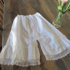 Darling White Cotton Split Panteloons c1900 Lace Trim GREAT DISPLAY #panteloons Antique Clothing, Lace Knitting, Buttonholes, White Cotton, Lace Trim, White Shorts, Display, Clothes, Fashion