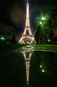 The Eiffel Tower (Tour Eiffel) in Paris. Places Around The World, Oh The Places You'll Go, Places To Travel, Places To Visit, Around The Worlds, Paris Tour, Oh Paris, Paris Cafe, Paris Torre Eiffel