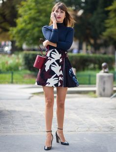 Street style da it-girl parisiense Jeanne Damas, com look perfeito para o fim de semana.