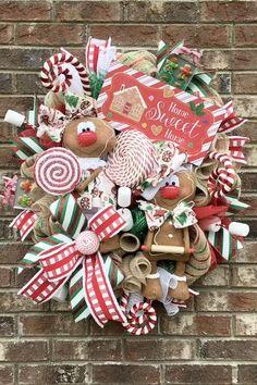 Gingerbread Christmas Decor, Grinch Christmas Decorations, Gingerbread Decorations, Whimsical Christmas, Christmas Crafts, Gingerbread Ornaments, Outdoor Candy Cane Decorations, Christmas Wreaths Deco Mesh, Gingerbread Man Crafts