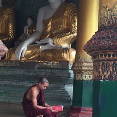 Yangon Yangon, Daenerys Targaryen, Game Of Thrones Characters, Painting, Fictional Characters, Art, Art Background, Painting Art, Kunst