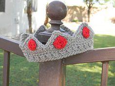 Free Crochet Baby Crown Pattern.