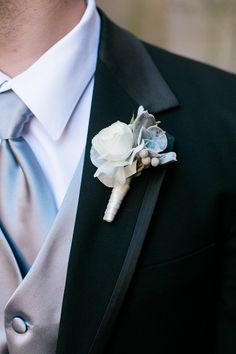 Winter wedding groom idea - black tux + silver tie and coordinating vest + winter white boutonniere {Christina Pugh Photography} Black Tux Wedding, Wedding Ties, Wedding Groom, Wedding Stuff, Silver Tie, Winter Formal, Winter White, Wedding Gallery, Boyfriends